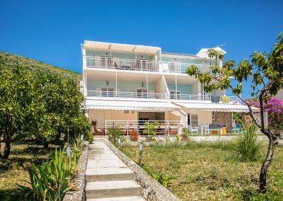 Beach-apartment-Alenka-Trogir-100-Optim