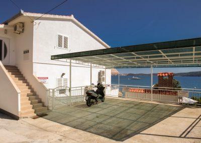 Beach-apartment-Alenka-Trogir-306-Optim
