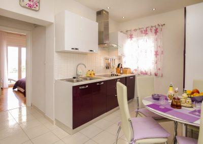 Beach-apartment-Alenka-Trogir-400-Optim