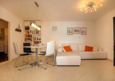 Beach-apartment-Sasha-Trogir-602-Optim