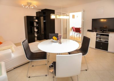 Beach-apartment-Sasha-Trogir-605-Optim
